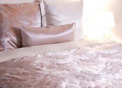 Шелковое постельное белье – принадлежность королей?