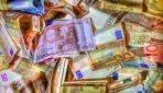 Устроивший денежный дождь 24-летний крипто-миллионер оказался известным мошенником
