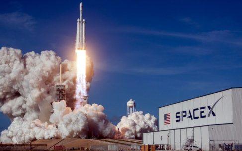 SpaceX привлекает 500 млн долларов инвестиций с оценкой в 30 млрд