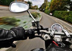 Во Львовской области два байкера и водитель легковушки устроили ДТП